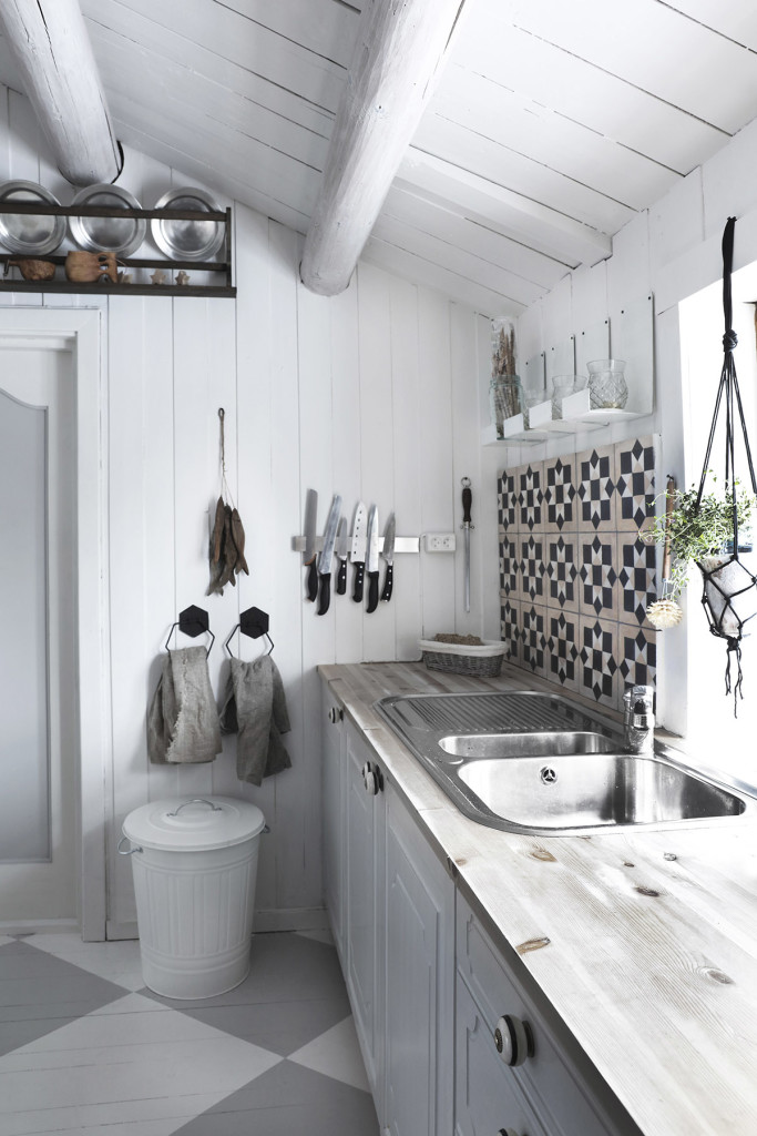 Une cuisine rustique chic la scandinave decocrush for Deco cuisine rustique