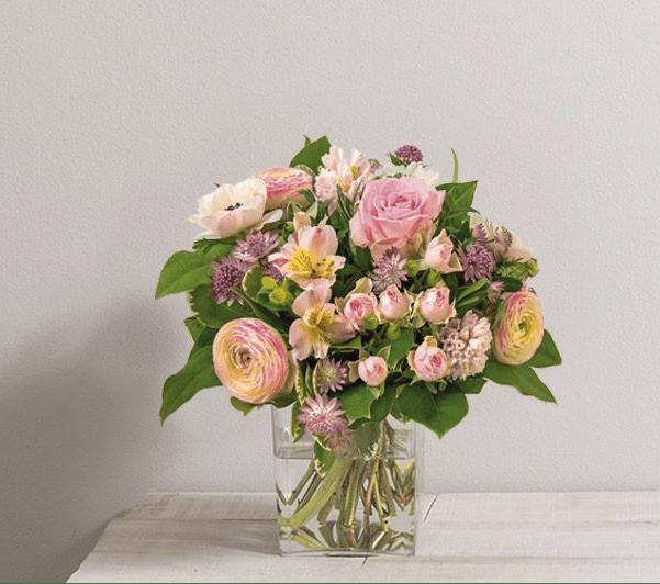quelle fleur offrir quelles fleurs offrir pour quelle occasion fourchette quelle fleur a. Black Bedroom Furniture Sets. Home Design Ideas