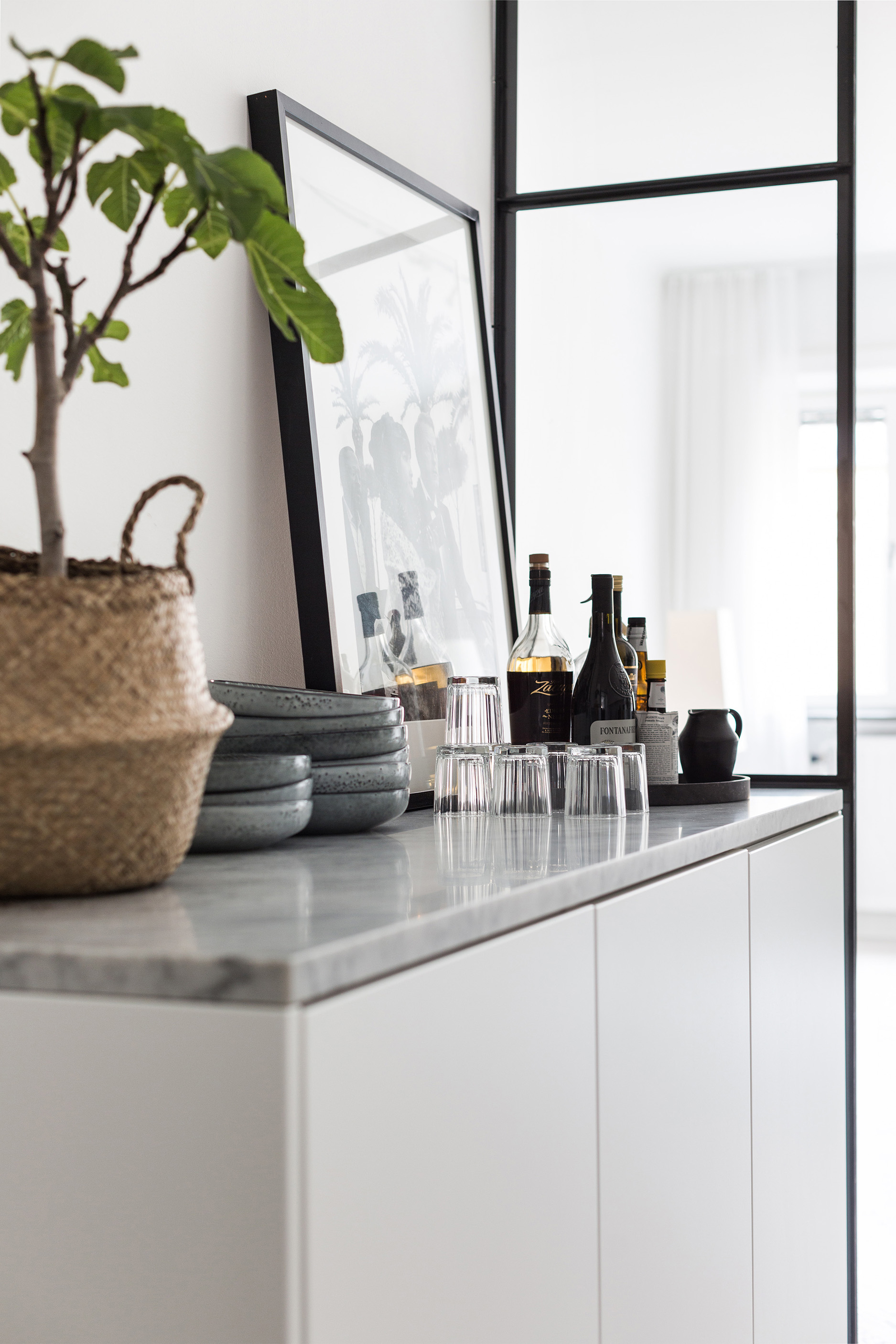 Un petit appartement tout blanc