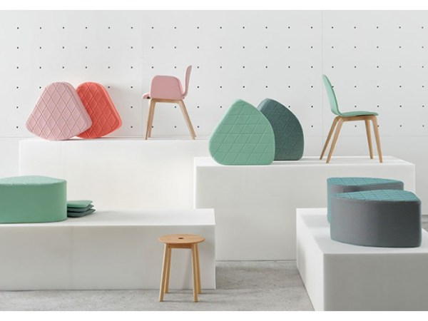 Pouf aia design de Nadia Arratibel pour Ondarreta en vente chez Sodezign