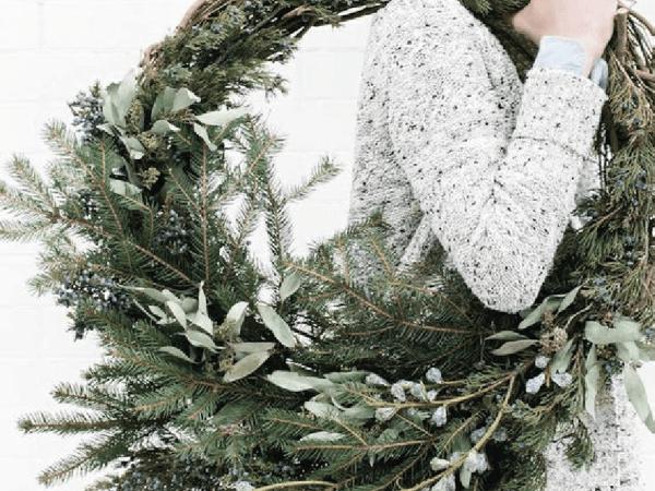 Comment fabriquer une couronne de Noël DIY ?