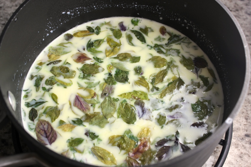 Basil in Cream