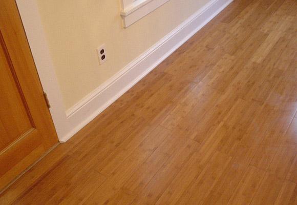 Como barnizar el suelo de madera decorando interiores - Como barnizar madera ...