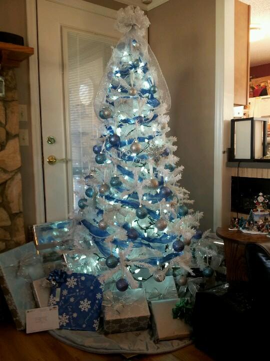 blue tree3