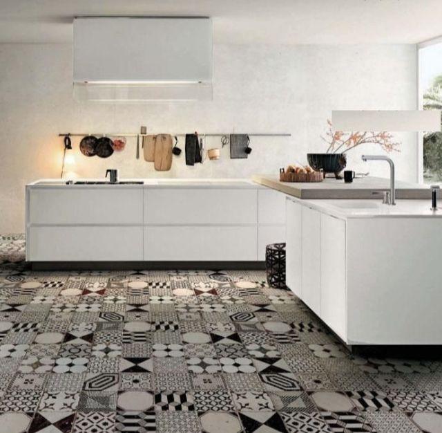black_white_mixed_tiles (12)
