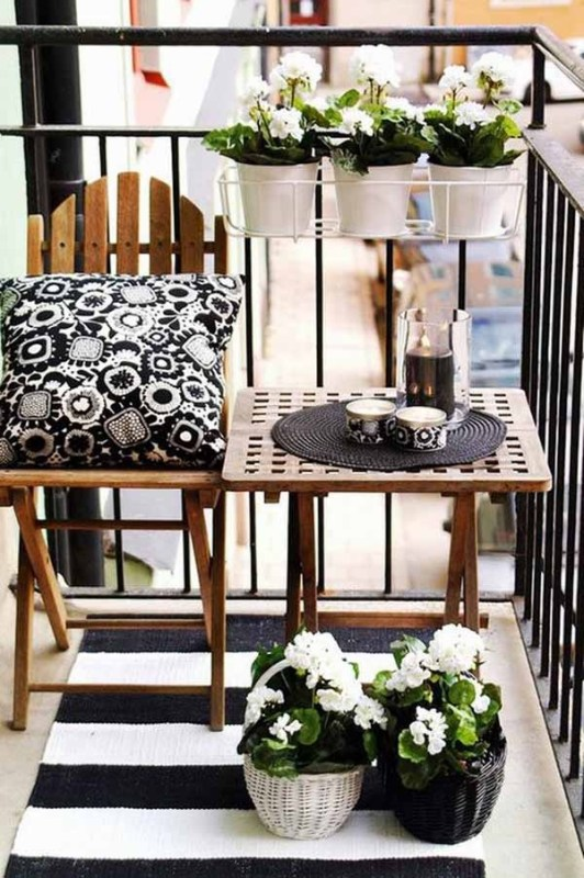 cute balcony (1)