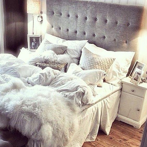 romance_in_bedroom (11)