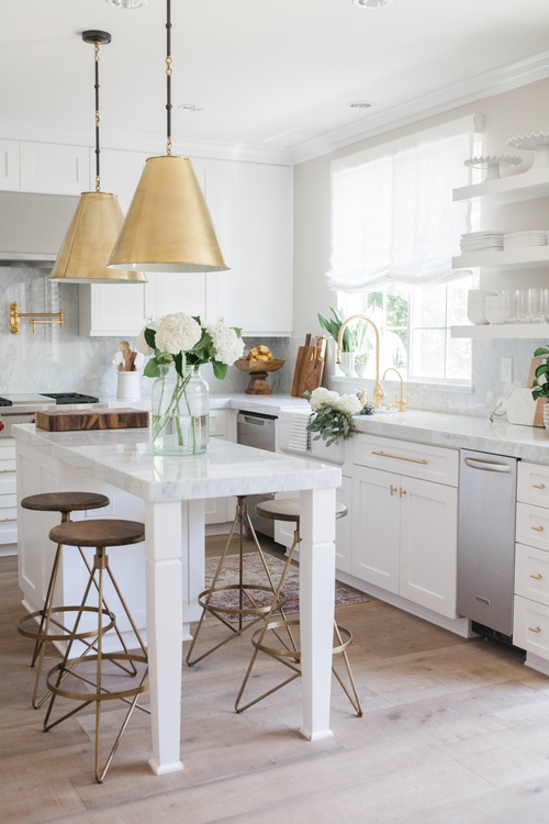 chic-white-kitchen