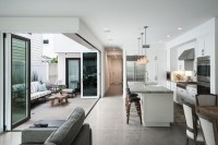 The Beauty of Kitchen Sharing Space | Decohoms