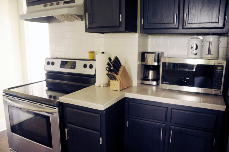 Great Ideas Using Navy Blue Kitchen Cabinets  Decohoms