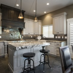 Kitchen Island Stool Cabinets Utah Exodus White Granite Countertops That Serve You Genteel ...