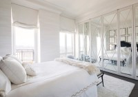 Beautiful Illumination in Your Bedroom Using Mirrored