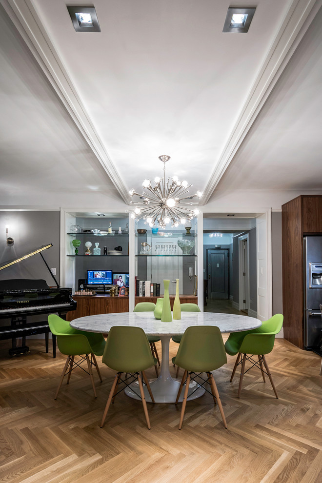green dining room table and chairs ergonomic chair karachi coolly modern formal sets to consider getting decohoms set cool floor round top chandelier piano contemporary style