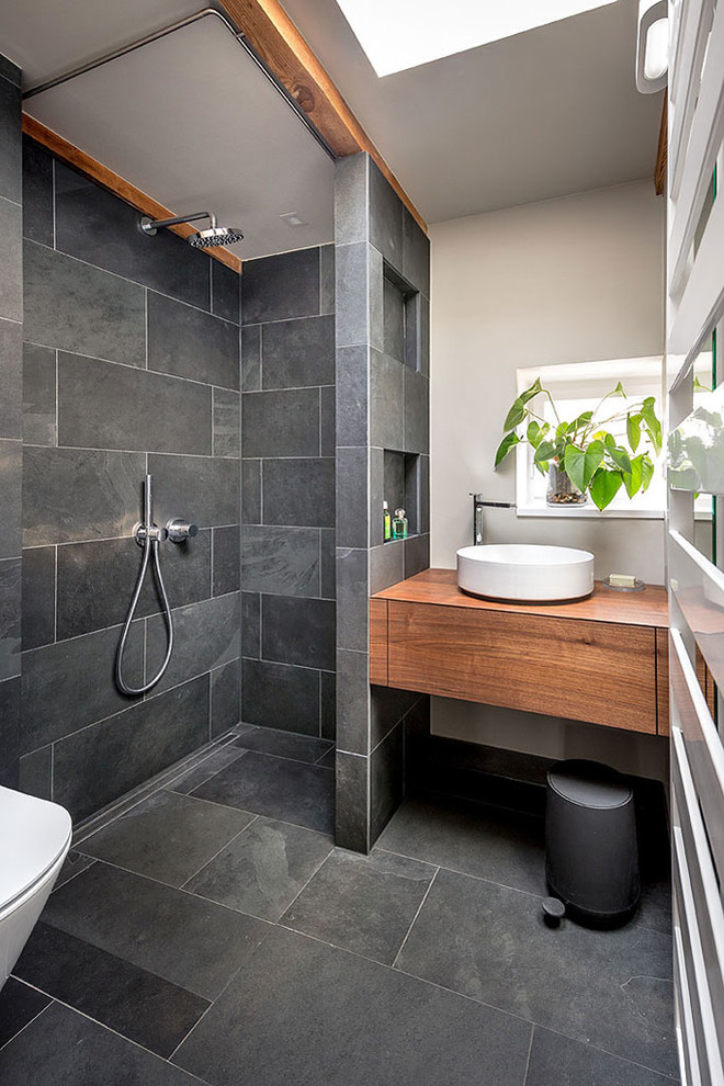 Renovating Your Bathroom with These Enticing WalkIn Shower Designs  Decohoms