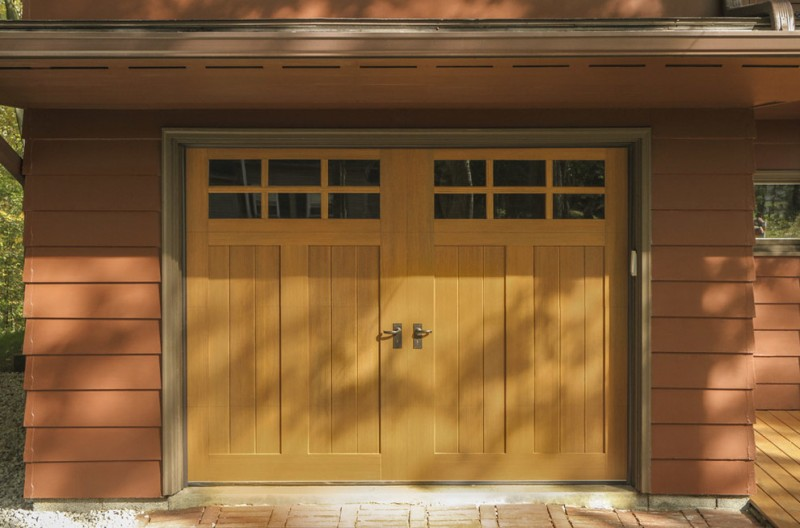 Everyones MustHave Craftsman Style Garage Door  Decohoms