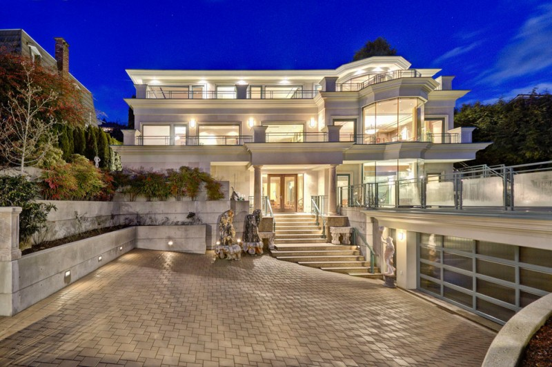 Ten Pleasant Modern Mansion Exterior Choices To Be Inspired By  Decohoms