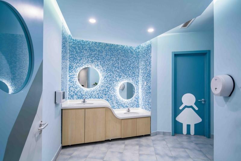 cheerful kids toilet inspirations