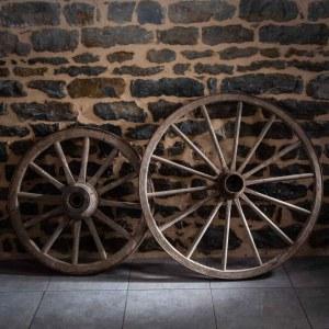location-roue-en-bois-A