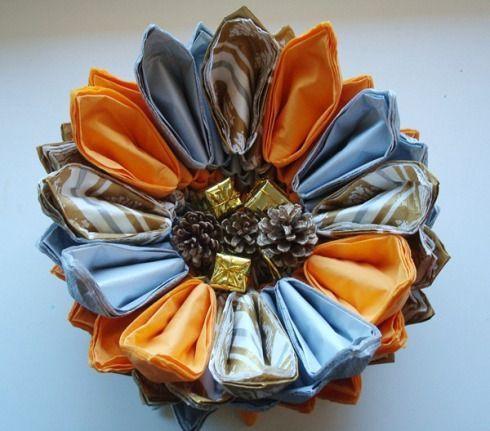 Centros para decorar la mesa con servilletas de papel 4