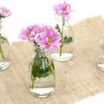 decorar con flores y vidrio reciclado 1