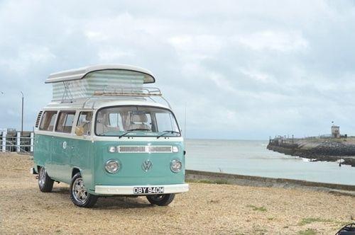 Vacaciones sugerentes ¡casa de verano con la vieja VW campervan! 2