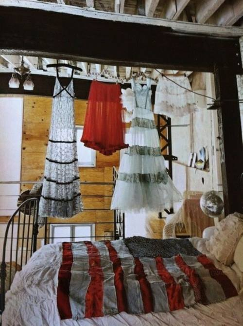 decorar con ropa dale un toque boho chic a la habitacion 6