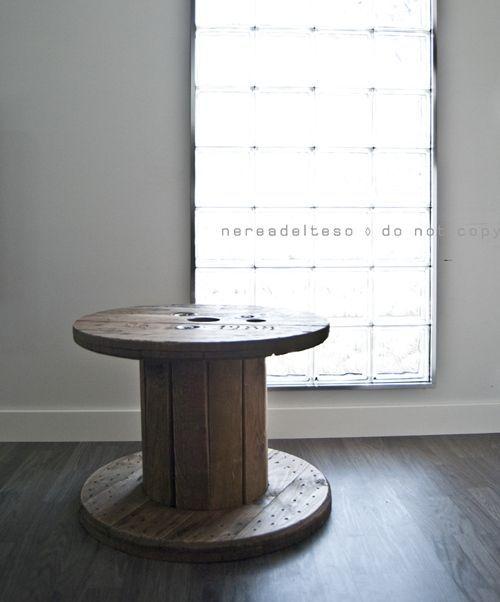 Mesas de bobinas de cable... ¡Las mesas recicladas más originales! 3