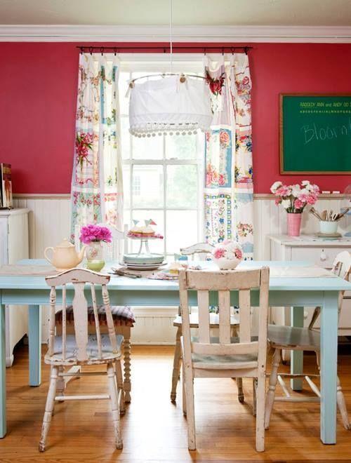 Últimas tendencias en decoración comedores vintage con sillas mix and match 2