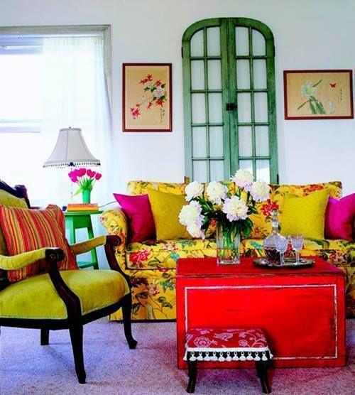 Ideas para reciclar muebles mesas, espejos y cabeceros a partir de puertas viejas 5