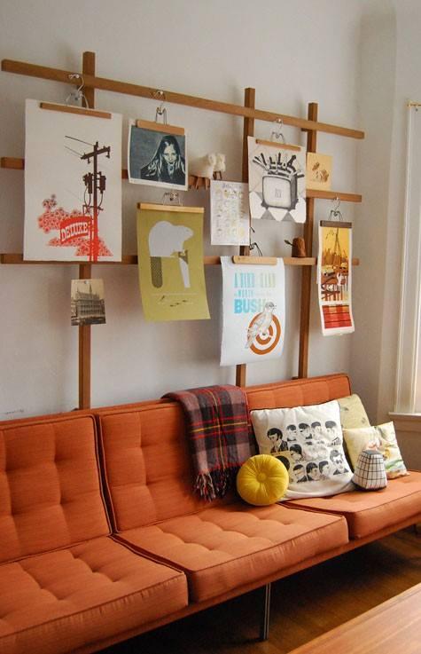 Nuevas formas de colgar láminas para enmarcar ¡arte en perchas de madera! 3