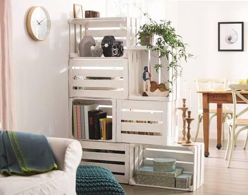 Estantería con cajas de madera para frutas - Decomanitas