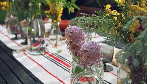 Jarrones con flores para decoracion de interiores 2