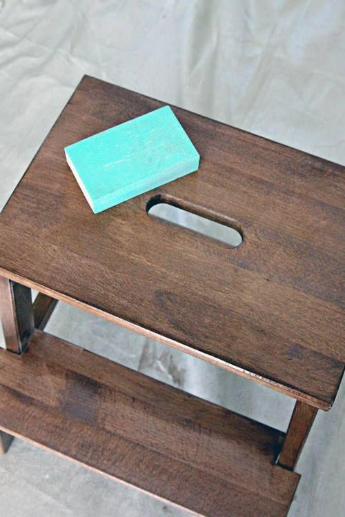 Tunear muebles Ikea una escalera de madera con mil y un usos 5