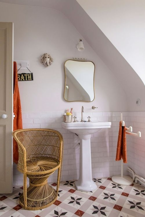 Decoración de cuartos de baño pequeños con ideas vintage 6