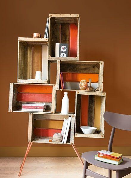 15 ideas para decorar cajas de madera y tunearlas en estanterías 7