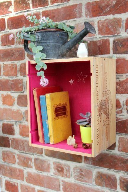15 ideas para decorar cajas de madera y tunearlas en estanterías 9