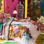 Casas con encanto piso peque o con decoraci n boho chic singular decomanitas - Desigual ropa de cama ...