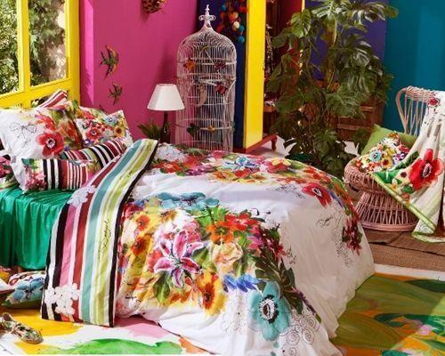 Desigual ropa de cama a todo color de inspiraci n boho for Cuartos hippies