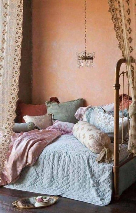Los 25 dormitorios de estilo boho chic más bellos de Pinterest 24