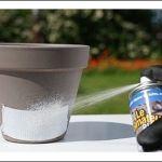 Impermeabilizar y pegar fácil con el nuevo aerosol de El Reparador