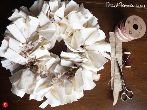 Manualidades navideñas cómo hacer una corona de Adviento DIY 7