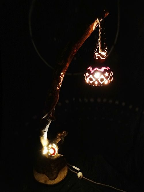 Artesanía con calabazas lámparas originales llenas de misterio 4