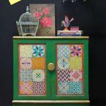 Decora tus muebles antiguos con plantillas para pintar paredes