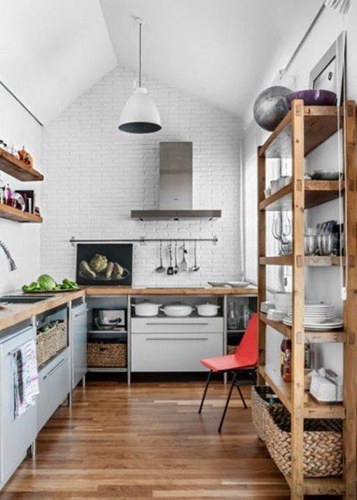 Tendencias para reformar la cocina eliminando muebles altos.
