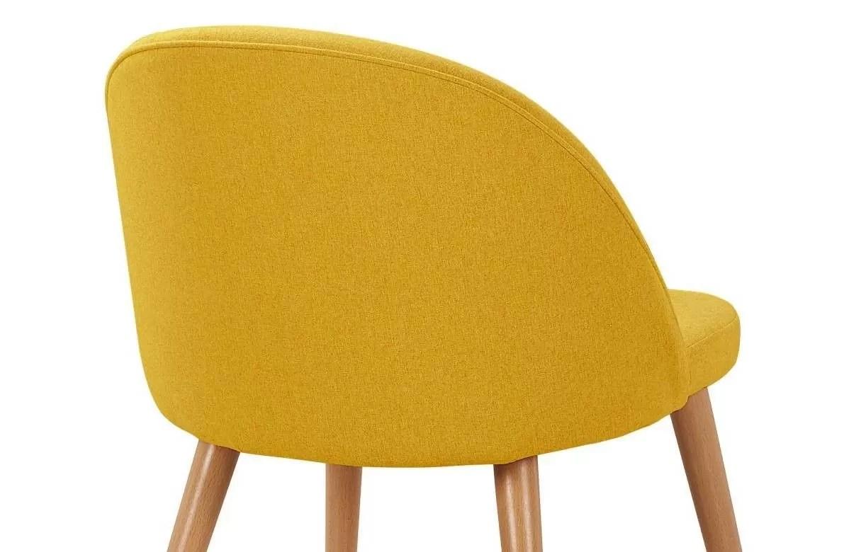 chaise scandinave en tissu jaune