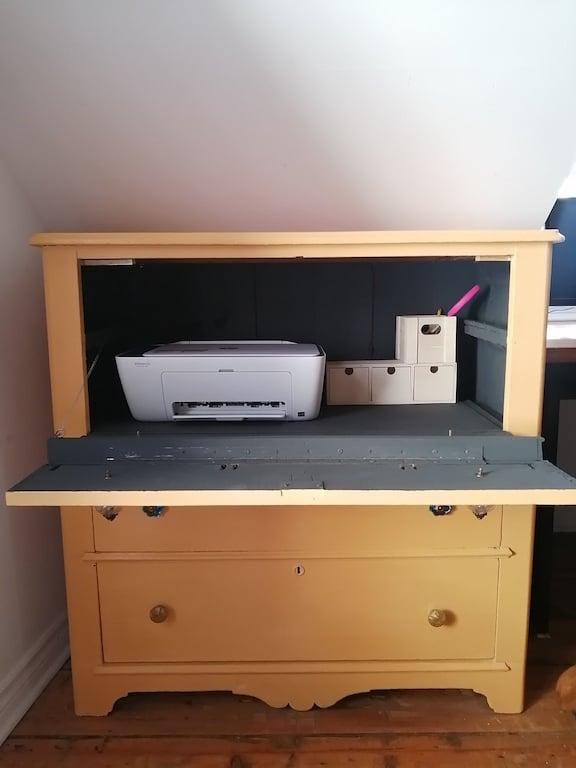 vieille commode en meuble imprimante