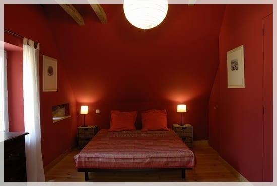 Decorar las habitaciones en color rojo
