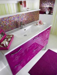 Modern Bathroom Decorating Ideas, Light Purple and Pink