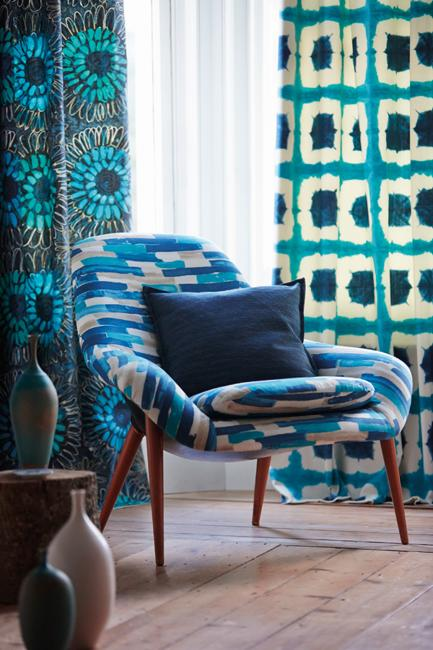 Beautiful Wallpapers And Home Fabrics Adding Colorful Patterns To
