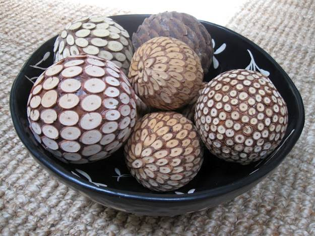 35 Ideas for Interior Decorating with Wooden Beads and Decorative Balls